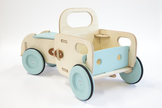 Wooden Ride-on-toy Husky